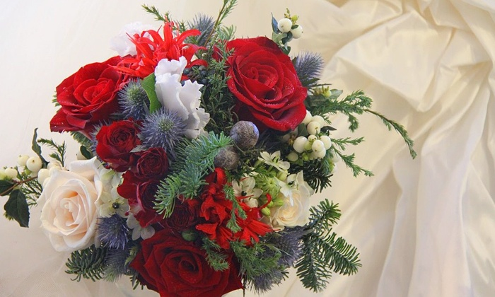 Atlanta Wedding Florals/Simple Elegance Florals - Atlanta: Bridal-Party or Seasonal-Event Packages from Atlanta Wedding Florals (Up to 63% Off). Three Options Available.