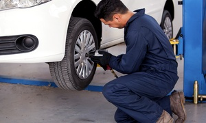 Farinasso & C.: Cambio gomme e bilanciatura per una o 2 auto all'autofficina Farinasso & C. (sconto fino a 68%)