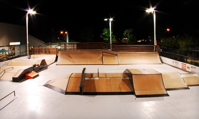 Inline 1 Sports Center - Mount Sinai: $149 for a Five-Day Skate Camp for Aged 6 and Older from Inline 1 Extreme Skatepark in Mount Sinai ($300 Value)