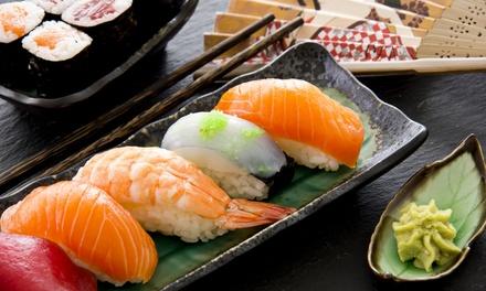 4-Gänge-Sushi-Menü für zwei oder vier Personen im Restaurant Mama Cook (bis zu 56% sparen*)