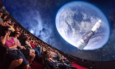 2 entrées adultes ou offre famille (2 adultes et 1 enfant) pour le Centre dHistoire et Planétarium 3D dès 18 €