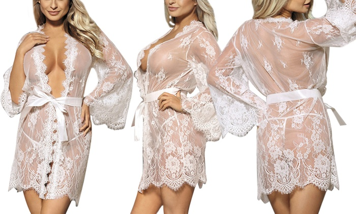 08d832bdc41 Women s Scallop Lace Robe in Regular and Plus Sizes