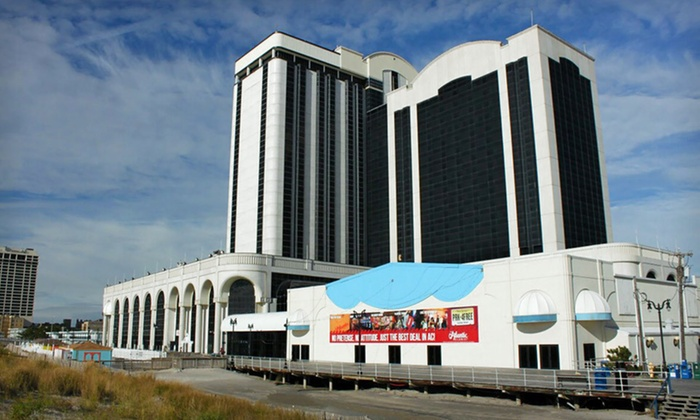 Atlantic Club Casino and Hotel - Atlantic City: One- or Two-Night Stay with Options for Dining and Slots Credits at Atlantic Club Casino and Hotel in Atlantic City