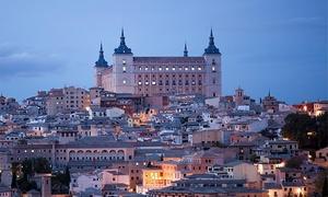 Bus Vision: Visita guiada por Toledo en tren turístico con autobús desde Madrid para dos personas por 24,95 €