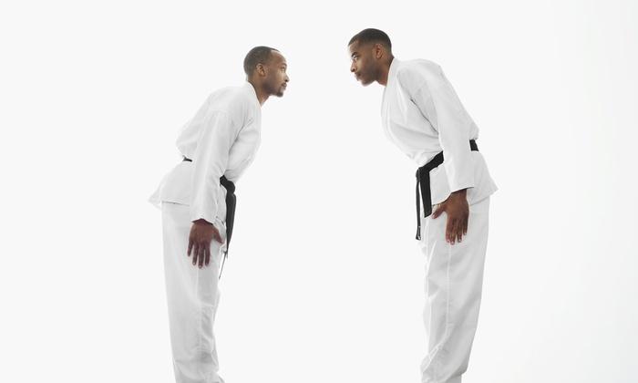 Clube De Jiu Jitsu Pitbull - Clube De Jiu Jitsu Pitbull: 10 or 15 Brazilian Jiu Jitsu Classes at Clube De Jiu Jitsu Pitbull (Up to 90% Off)