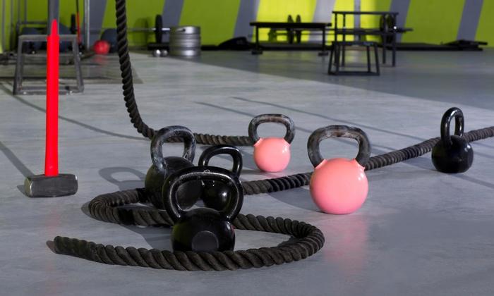 CrossFit Phenom - Burbank: 5 or 10 Classes or One Month of Unlimited Classes at CrossFit Phenom (Up to 72% Off)