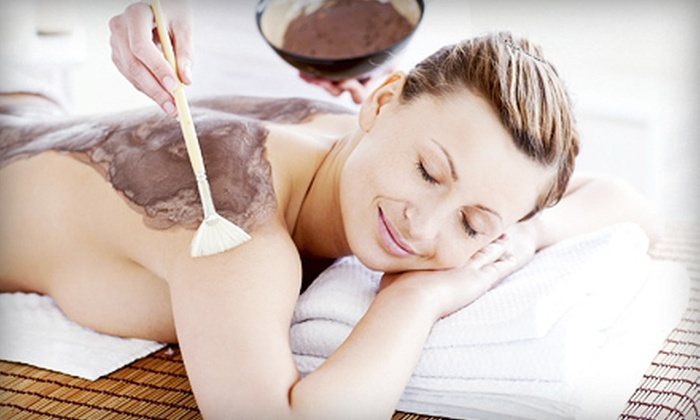 Teri Parsons at A'vie Longevity Salon - Texas Corners: Parafango or Mud Wrap or Massage with Scrub or Reflexology from Teri Parsons at A'vie Longevity Salon (Up to 53% Off)