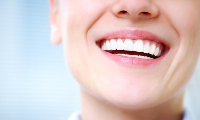 Dental Academy - Più sedi: Un impianto dentale in titanio a 499 €