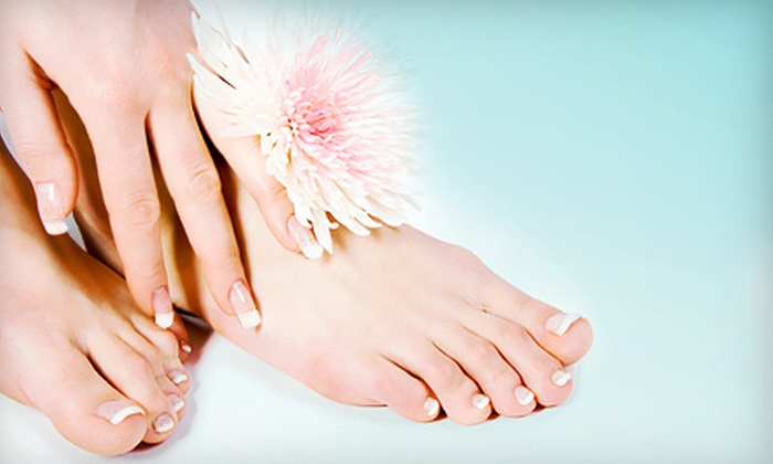 Comfort Nail Spa - Greenwich Village: $15 for One Classic Mani-Pedi at Comfort Nail Spa ($30 Value)