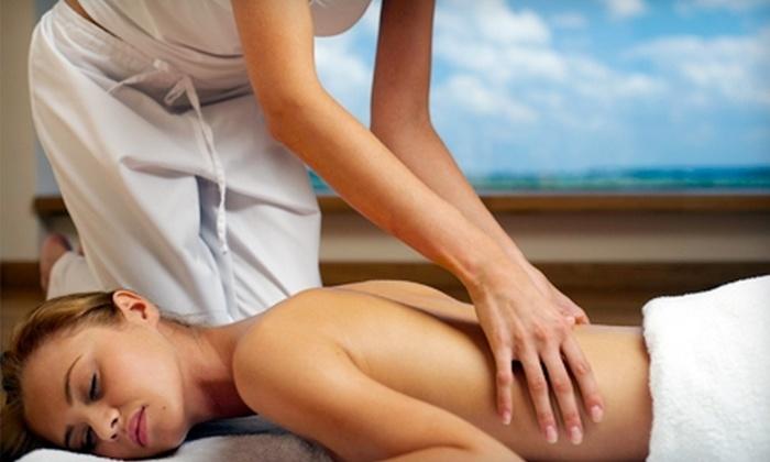 Advanced Rehab & Wellness Center - Palm Beach Gardens: $39 for a One-Hour Swedish or Deep-Tissue Massage at Advanced Rehab & Wellness Center in Palm Beach Gardens ($100 Value)
