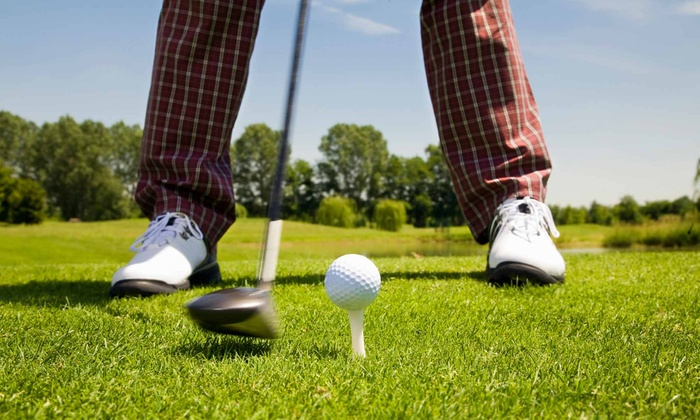 Northampton Country Club - Leeds: 18-Hole Round of Golf with Cart Rental for Two or Four at Northampton Country Club (Up to 56% Off)