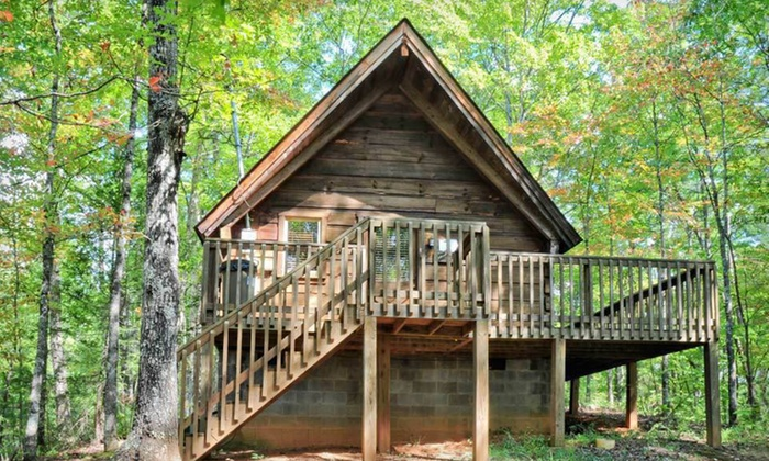 Evergreen cottage inn cabins in cosby tn groupon getaways for Evergreen cottage