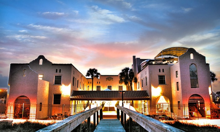 Casa Marina - Jacksonville Beach, FL: Stay at Casa Marina in Jacksonville Beach, FL