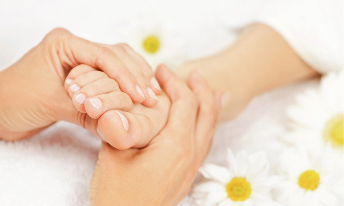 Healthy Massage - Healthy massage: 45- or 75-Minute Reflexology Treatment with a 15-Minute Foot Soak at Healthy Massage (Half Off)