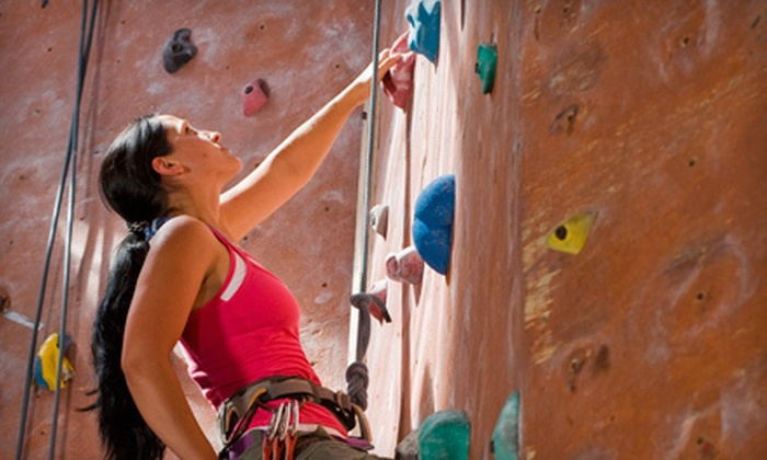 Sport & Wellness - Danbury: 10 Wall-Climbing Visits with Option for a One-Hour Instructional Course at Sport & Wellness in Danbury (Up to 94% Off)
