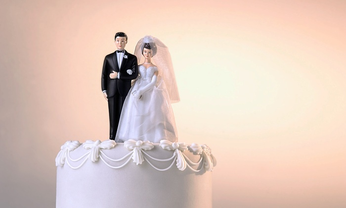 Unique Unlimited Weddings - Gaffney: $60 for a Cake that Serves Up to 30 People from Unique Unlimited Weddings ($120 Value)