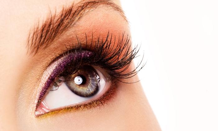 Perle Noire - Perle Noire: Wimpernverlängerung mit bis zu 80 oder 400 Wimpern pro Auge bei Perle Noire (bis zu 74% sparen*)