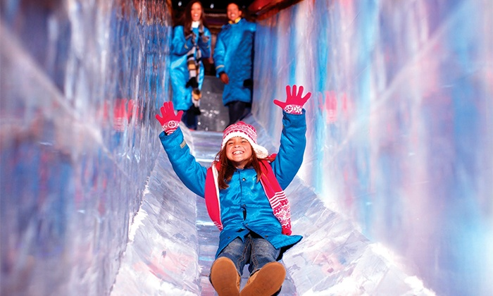 "ICE! featuring ""Frosty the Snowman"" at Gaylord National Resort - National Harbor: $155 for Four to Visit ICE! at Gaylord National Resort with a One-Night Stay on January 1, 2, 3, or 4 (Up to $393 Value)"