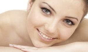 Salon Vanity'Z: $45 for Dermaplaning and Oxygen Facial at Salon Vanity'Z ($85 Value)