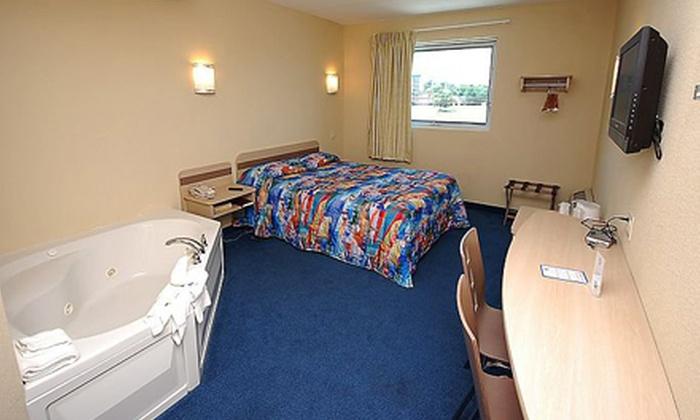 Motel 6 Niagara Falls - Niagara Falls, ON: 1- or 2-Night Stay with Entertainment Vouchers at Motel 6 Niagara Falls (Up to 78% Off)