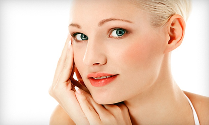 Imaage Cosmetic Surgery Center - East Louisville: $69 for an Imaage Signature Peel at Imaage Cosmetic Surgery Center ($150 Value)