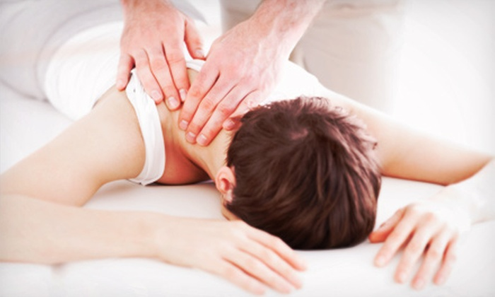 Holt Chiropractic Center - Holt: $59 for a Chiropractic Exam, Adjustment, X-rays, and 60-Minute Massage at Holt Chiropractic Center (Up to $419 Value)