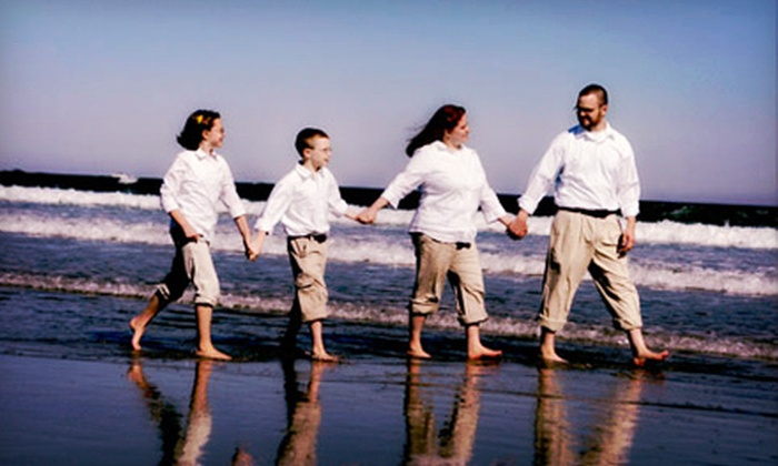 Dan Doke Photography - Multiple Locations: $99 for a 60-Minute Beach Photo Shoot for Up to Eight with Prints and SlimLine Greeting Cards from Dan Doke Photography ($499 Value)