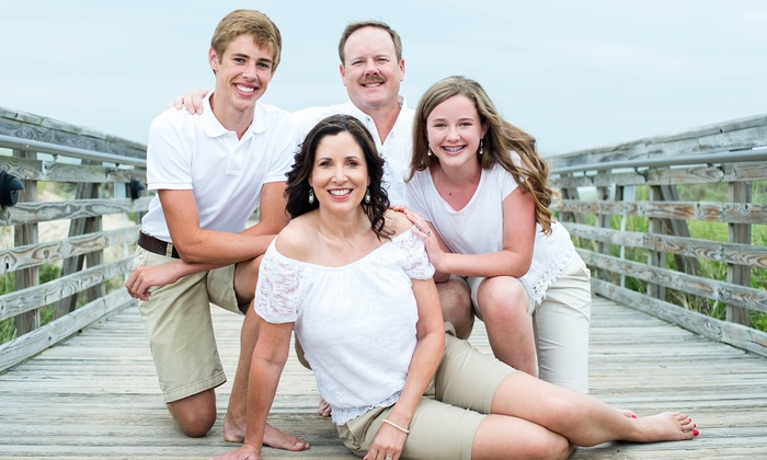 Will Hawkins Photography - Hampton Roads: $35 for Family Portrait Session from Will Hawkins Photography ($75 Value)
