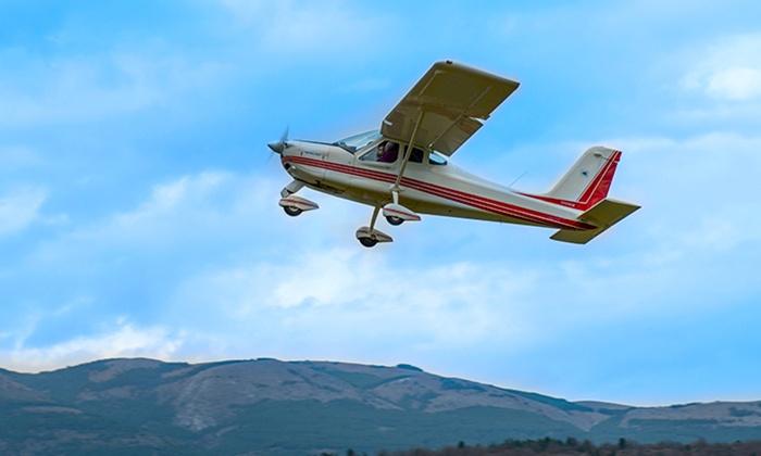 Aeroclub Aquila - L'Aquila: Esperienza di volo in ultraleggero a 99,90 €