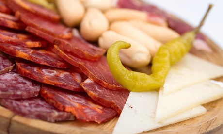 Menú para 2 o 4 personas de surtidos ibéricos y quesos con bebida desde 12,95 € en Taberna Santa María Oferta en Groupon