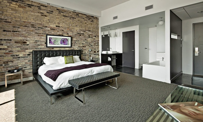 Hotel Metro - Detroit: Stay at Hotel Metro in London, ON