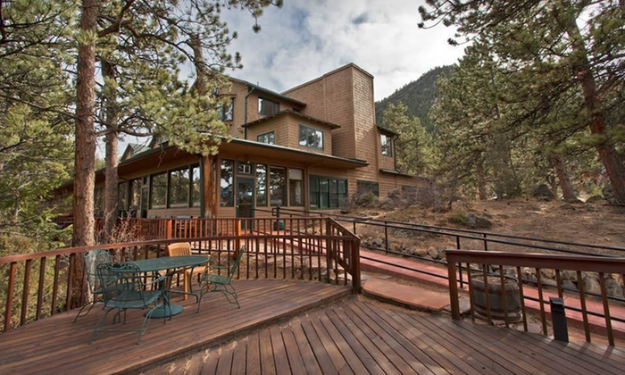 The Historic Crags Lodge - Estes Park, CO: Two-Night Stay at The Historic Crags Lodge in Estes Park, CO