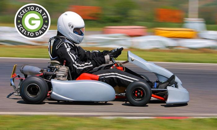 LG RACING - LG Racing: Super Gran Premio di kart sul circuito internazionale di Aprilia da 79 € invece di 270