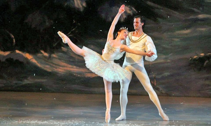 """""""The Nutcracker"""" - Lake Zurich Performing Arts Center: Illinois Youth Dance Theatre's """"The Nutcracker"""" at Lake Zurich Performing Arts Center on December 19–21 (Up to 41% Off)"""