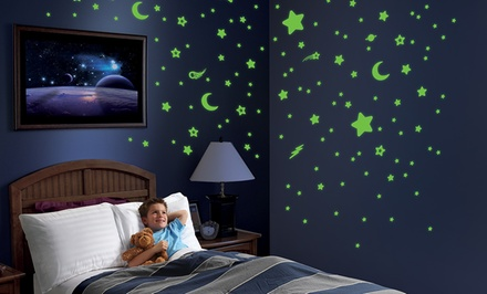 Discovery Kids Glow-In-the-Dark Star and Planet 715-Piece Decal Set. Free Returns.