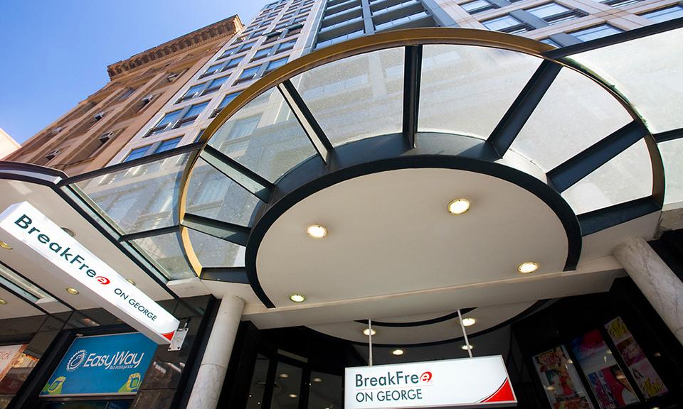 Sydney CBD: BreakFree Escape 1