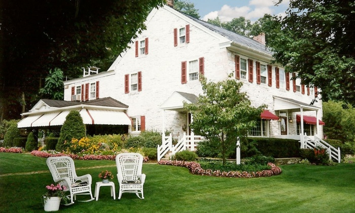 Clearview Farm Bed and Breakfast Inn - Lancaster County, PA: 1-Night Stay for Two with Amish Dinner at Clearview Farm Bed and Breakfast Inn in Ephrata, PA