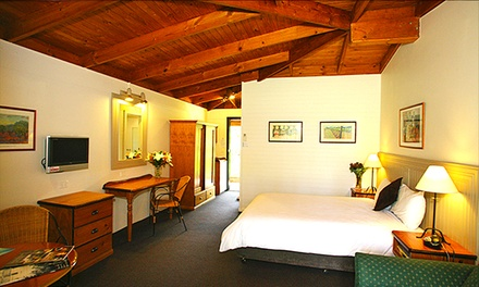 Hunter Valley: One or TwoNight Getaway for Two People with Tour and Wine and Cheese Tastings at Hunter Valley Resort