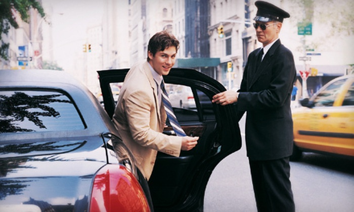 Happy Helping Hands - Atlanta: One-Way or Round-Trip Ride to the Airport from Happy Helping Hands (Up to 67% Off)
