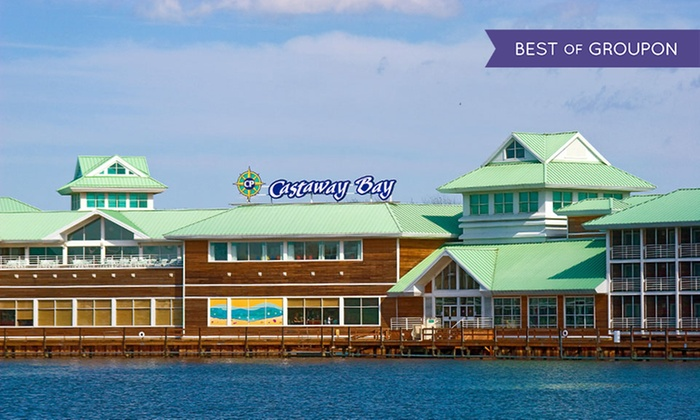 Castaway Bay - Sandusky, OH: Stay with Daily Water-Park Passes at Castaway Bay in Sandusky, OH. Dates into May.
