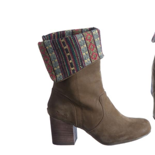 Blowfish Stiefel und Stiefeletten in verschiedenen Farben, Designs und Größen für 29,99 €