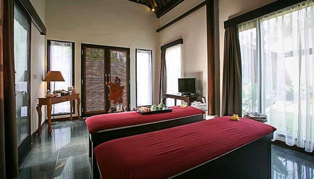 Bali: 4* Balinese-themed Villas 5