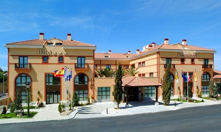 Segovia: 1 noche para dos con desayuno, late check-out y opción a comida o masaje en Hotel TRYP Segovia Sierra