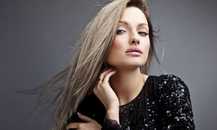 De Lis Salon - Manhasset: Haircut Packages with Color Options at De Lis Salon (Up to 53% Off). Three Options Available.
