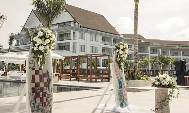 Bali: 5* Lv8 Resort Hotel 3