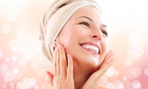 Tabatha: 1 o 3 trat. Skinlight con microdermoabrasión con punta de diamante, vacumterapia, fototerapia y crioterapia desde 19,95€