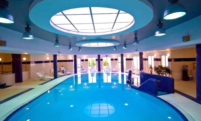 Międzyzdroje: 2-8 dni dla 2 osób lub rodziny z wyżywieniem, basenem, jacuzzi i więcej w Hotelu Wolin 3*