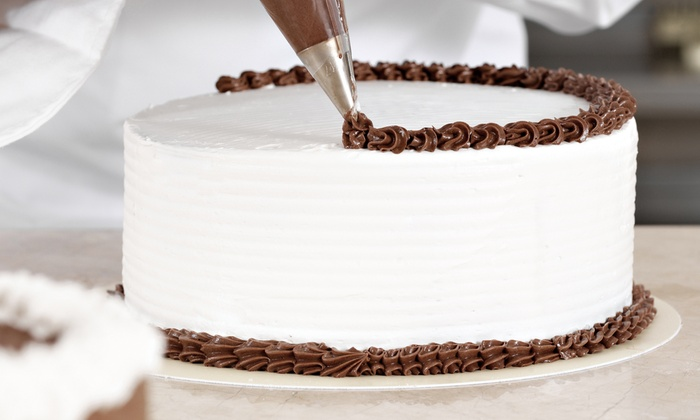 Cake Decor LLC - South Columbus: $36 for a Four-Week Beginners' Cake-Decorating Course with Supplies at Cake Decor LLC ($75 Value)