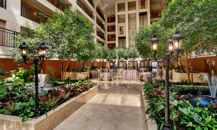 Delta Hotels Chicago North Shore Suites In Glenview Il