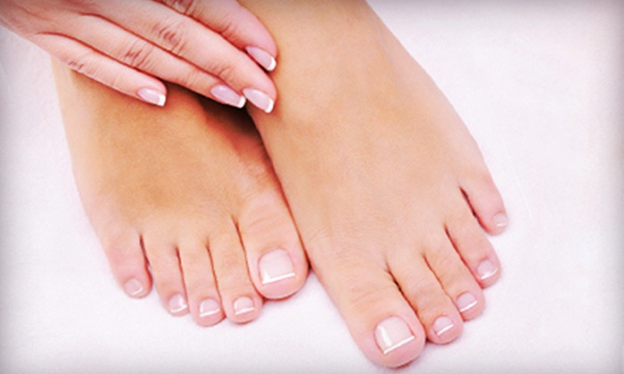 Salon 424 & Spa - Charleston: One or Three Express Mani-Pedis or Two Pedicures with a Paraffin Dip at Salon 424 & Spa (Up to 59% Off)